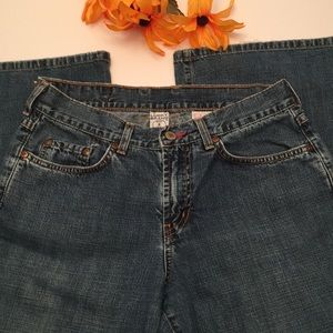 Lucky Brand size 8/29 wider flare jeans